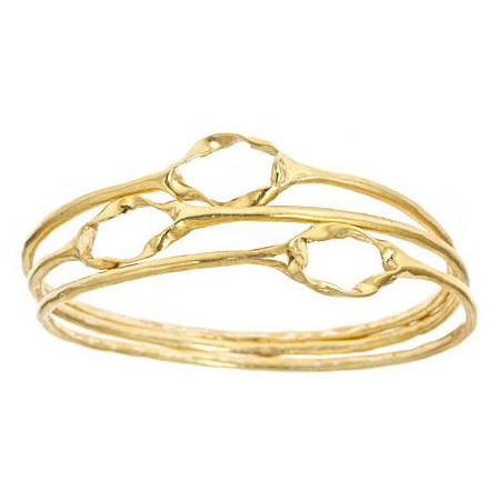 Bangles with Twisted Oval Circle